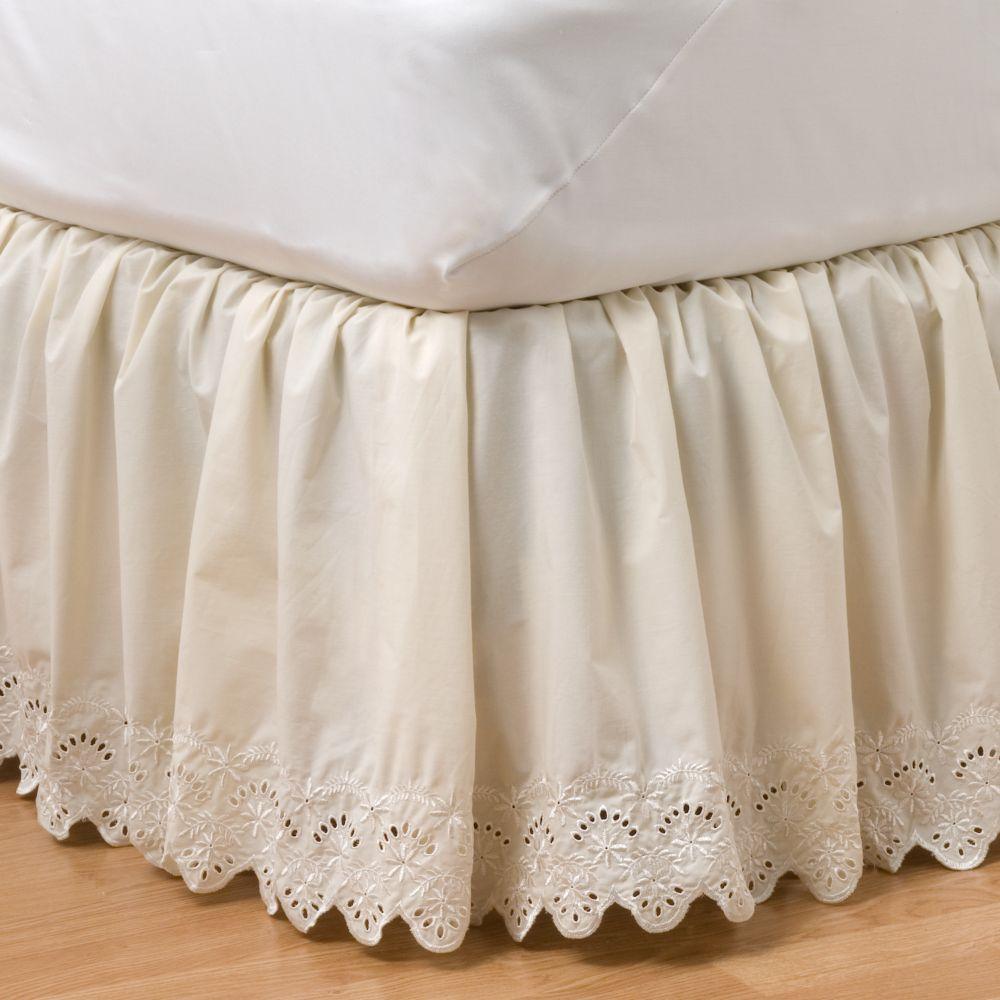 classics® eyelet bedskirt - queen