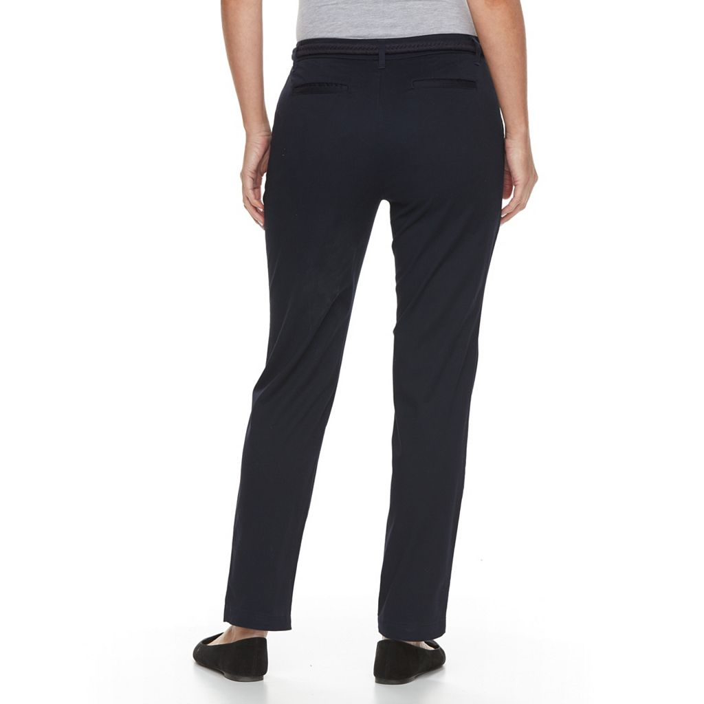 Petite Croft & Barrow® Tapered Chino Pants