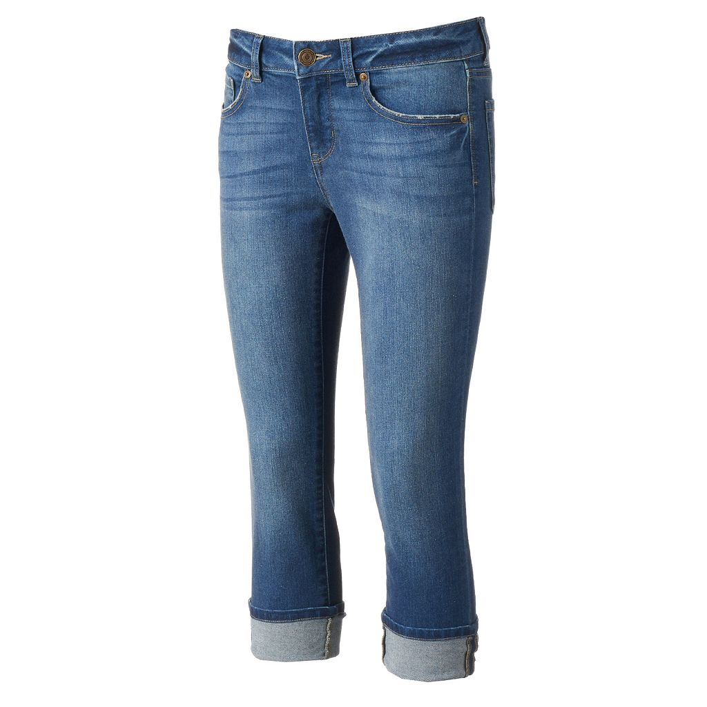 Juniors' SO® Whiskered Capri Jeans