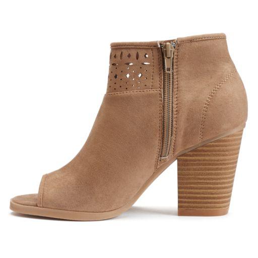 SO® Women's Laser-Cut Ankle Boots