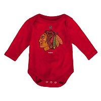 Baby Reebok Chicago Blackhawks Distressed Logo Bodysuit