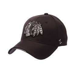 Adult Zephyr Chicago Blackhawks Synergy Fitted Cap