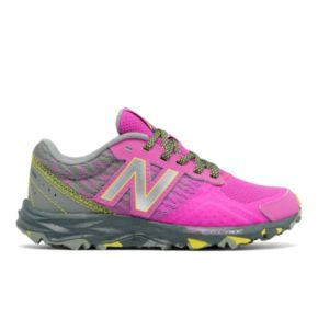 New Balance 690 v2 Girls' Trail Running Shoes