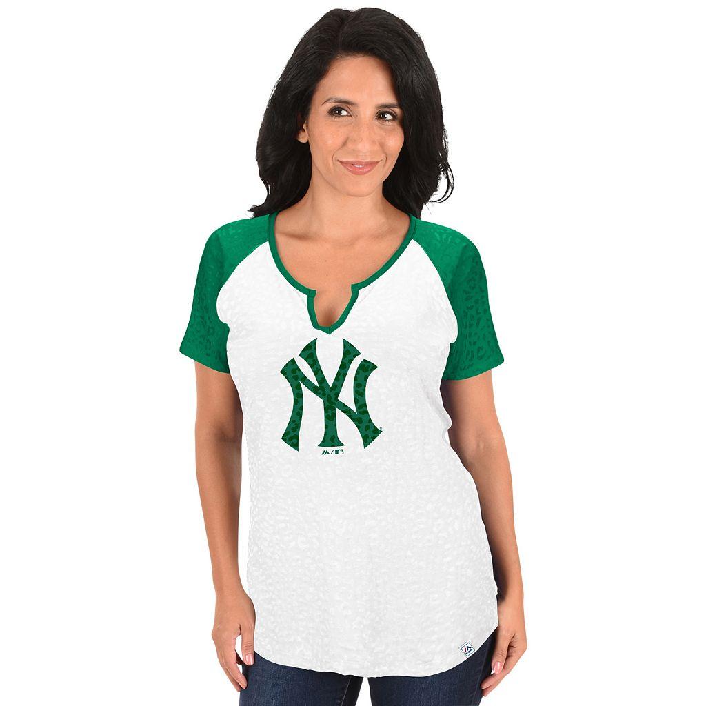 Women's Majestic New York Yankees Celtic Burnout Tee