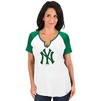 Women's Majestic New York Yankees Celtic Burnout Tee