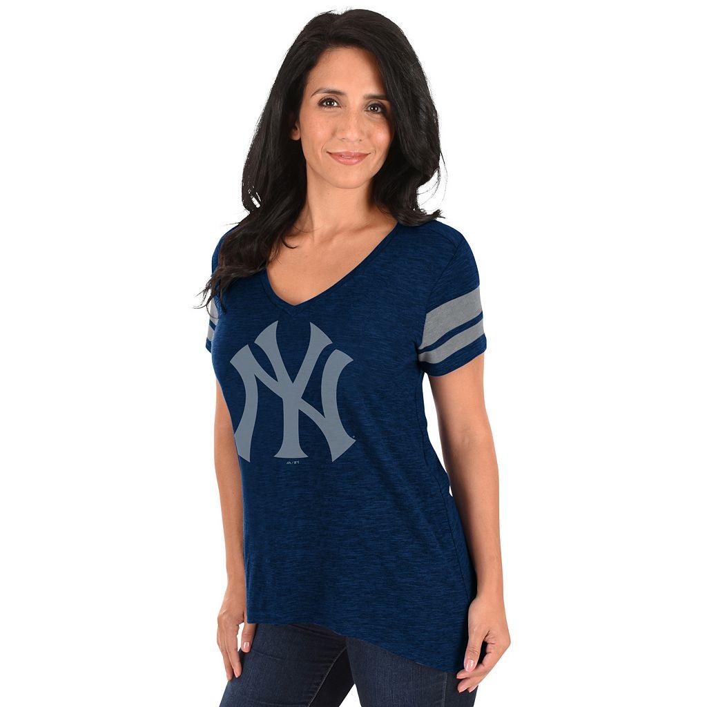 Women's Majestic New York Yankees Check the Tape Tee