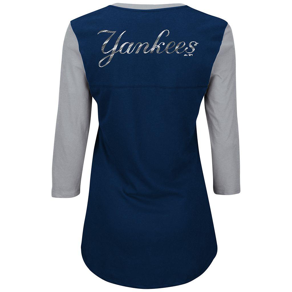 Women's Majestic New York Yankees Above Average Tee