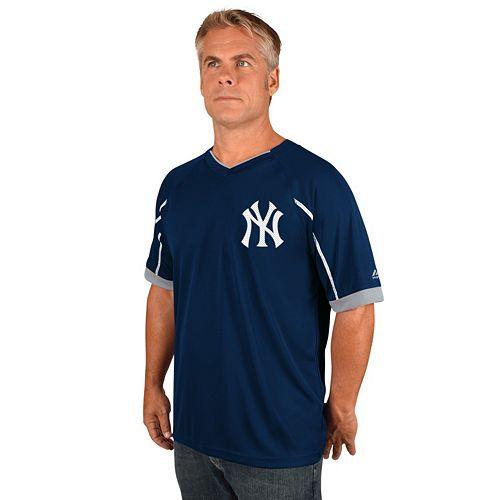 Men's Majestic New York Yankees Emergance V-Neck Tee