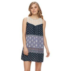 Juniors' Rewind Printed Crochet Shift Dress