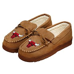 Men's Forever Collectibles Chicago Bulls Moccasin Slippers