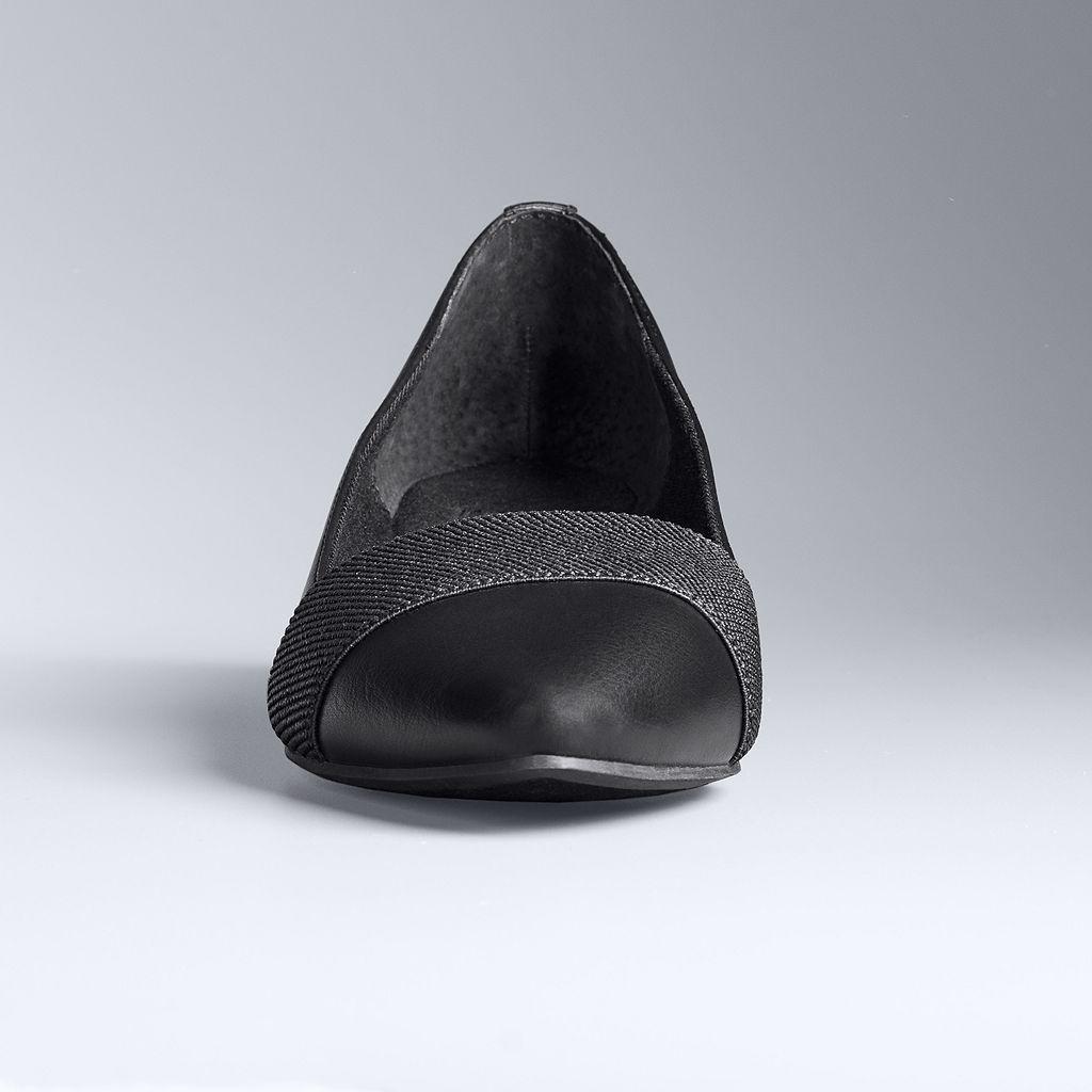 Simply Vera Vera Wang Women's Pointed-Toe Flats