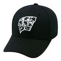 Adult Top of the World Wisconsin Badgers Digi One-Fit Cap