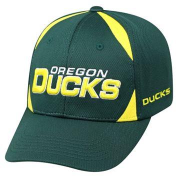 Adult Top of the World Oregon Ducks Pursue Adjustable Cap