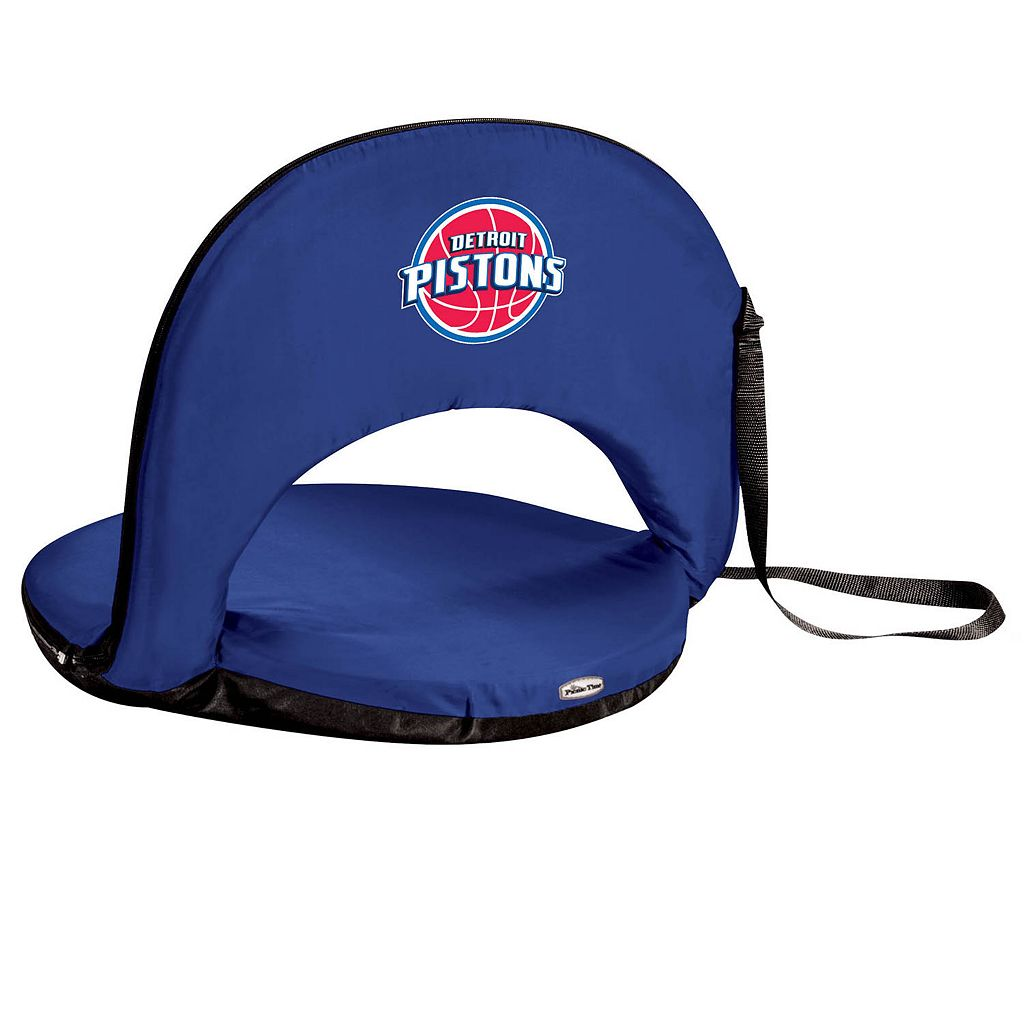 Picnic Time Detroit Pistons Oniva Portable Chair