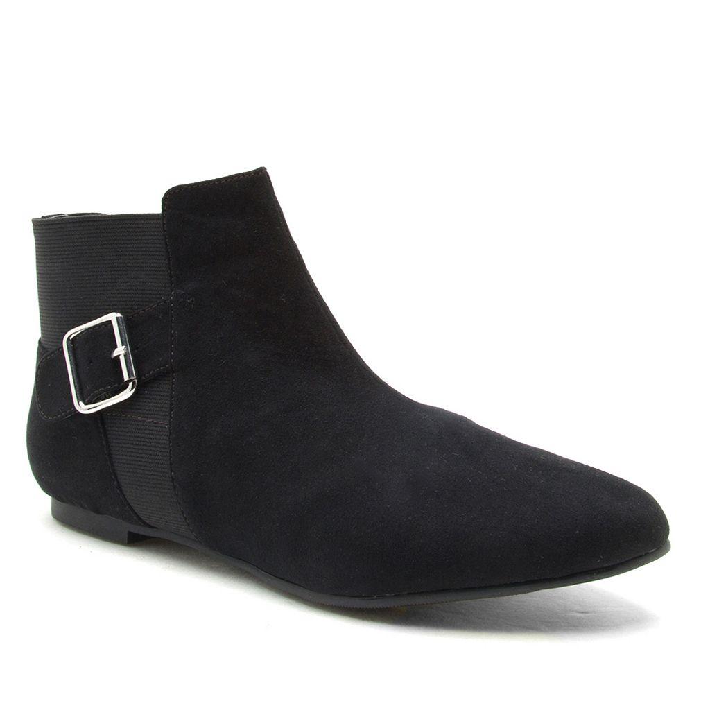 Qupid Malibu Women's Chelsea Ankle Boots