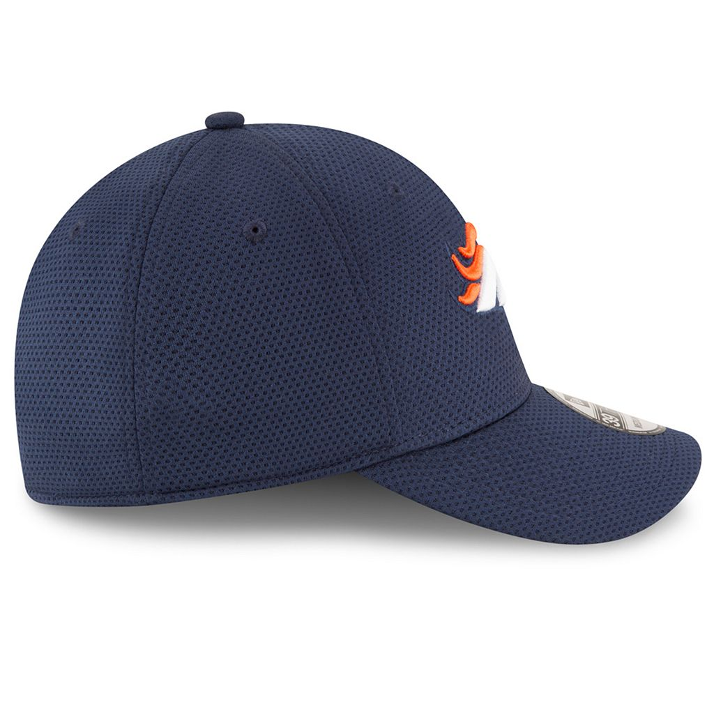 Adult New Era Denver Broncos 39THIRTY Sideline Tech Fitted Cap