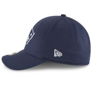 Adult New Era New EnglandPatriots 39THIRTY Sideline Tech Fitted Cap
