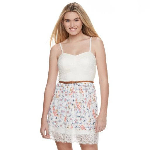 Juniors' Lily Rose Floral Sweetheart Skater Dress