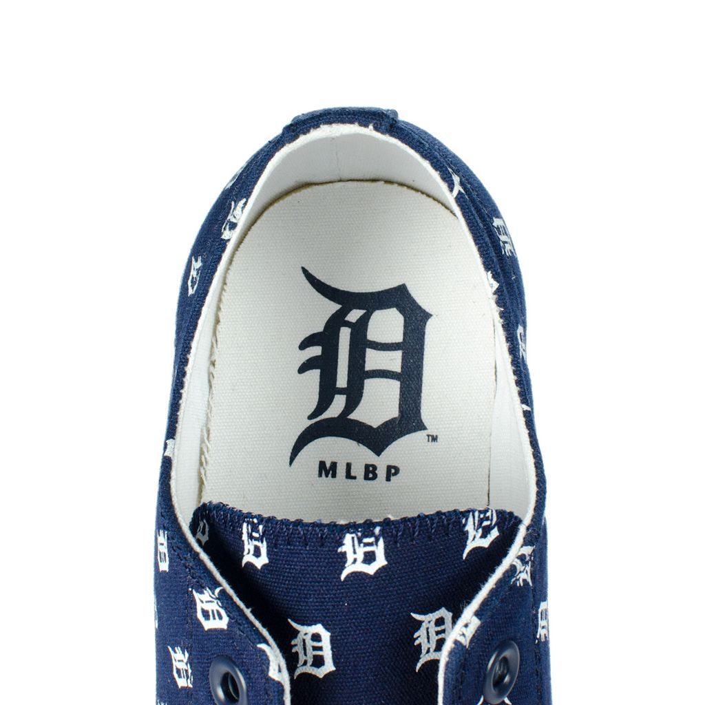 Adult Row One Detroit Tigers Victory Sneakers