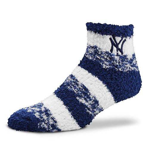 Women's For Bare Feet New York Yankees Pro Stripe Sleep Socks