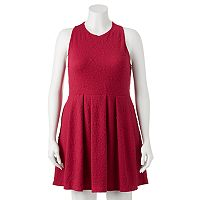 Juniors' Plus Size SO® Textured Skater Dress