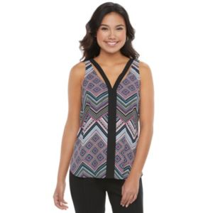 Juniors' Candie's® Double V Tank