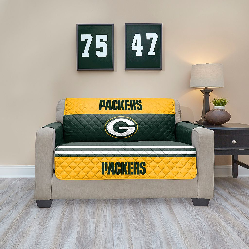 Green Bay Packers Quilted Loveseat Cover