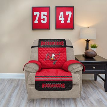 Tampa Bay Buccaneers Quilted Recliner Chair Cover