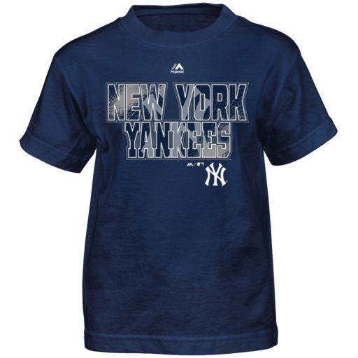 Boys 4-7 Majestic New York Yankees Spark Tee