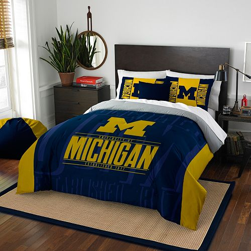 Michigan Wolverines Modern Take Full/Queen Comforter Set by Northwest
