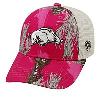 Adult Top of the World Arkansas Razorbacks Doe Camo Adjustable Cap