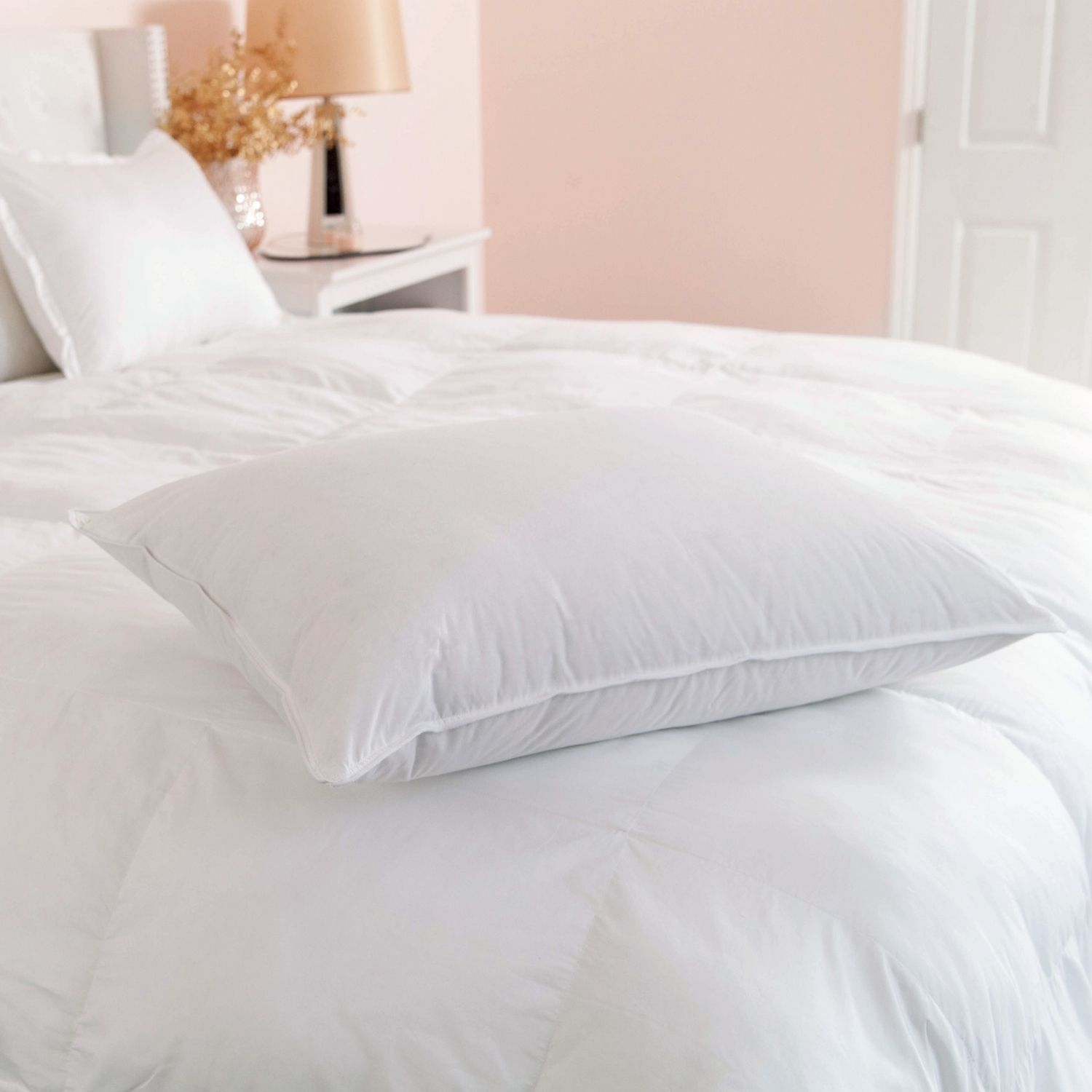 full comfortable comforter duvet reversible page com silk covers comforters pillows cheap white chinese hardwood sexy lamp at table and bed flooring plain with skirt sham dark silver alternative down vikingwaterford pillow kohls microfiber cotton base
