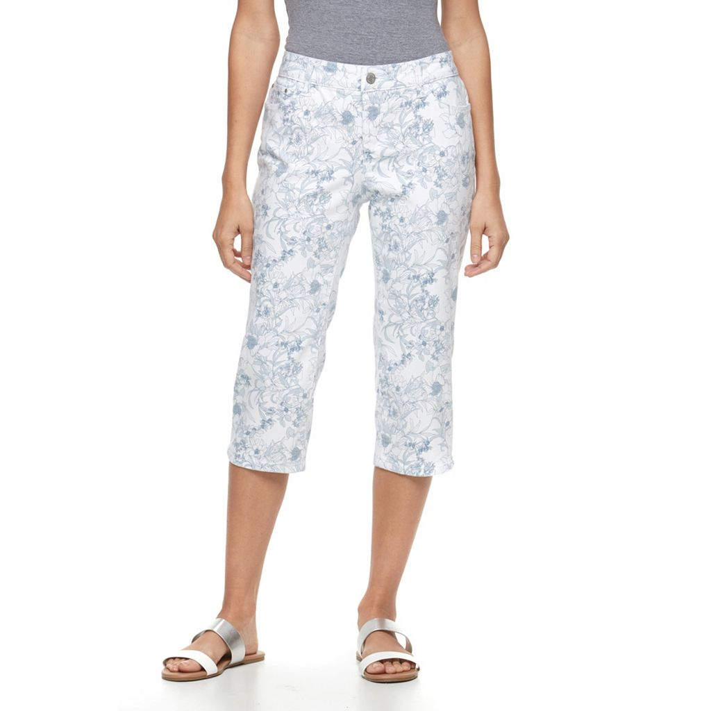 Petite Croft & Barrow® Cuffed Capri Jeans