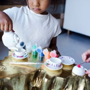 Disney Alice in Wonderland Design Your Own Tea Party Kit by Seedling