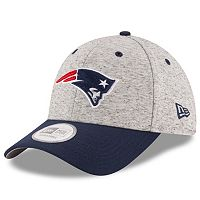 Adult New Era New England Patriots Rogue 9FORTY Snapback Cap