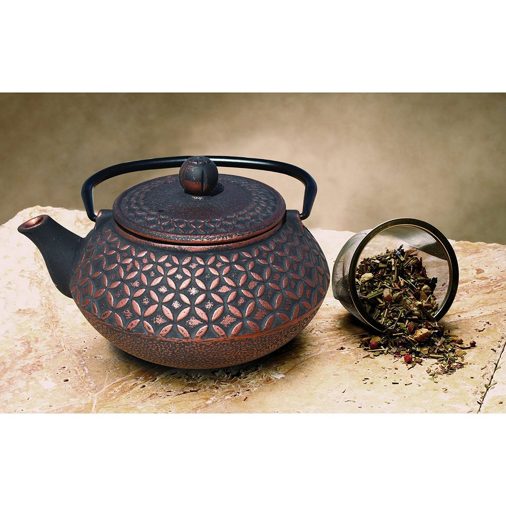 Old Dutch Cast-Iron Amai Teapot