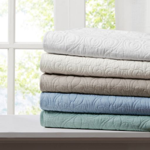 Madison Park Mansfield Oversized Quilted Throw