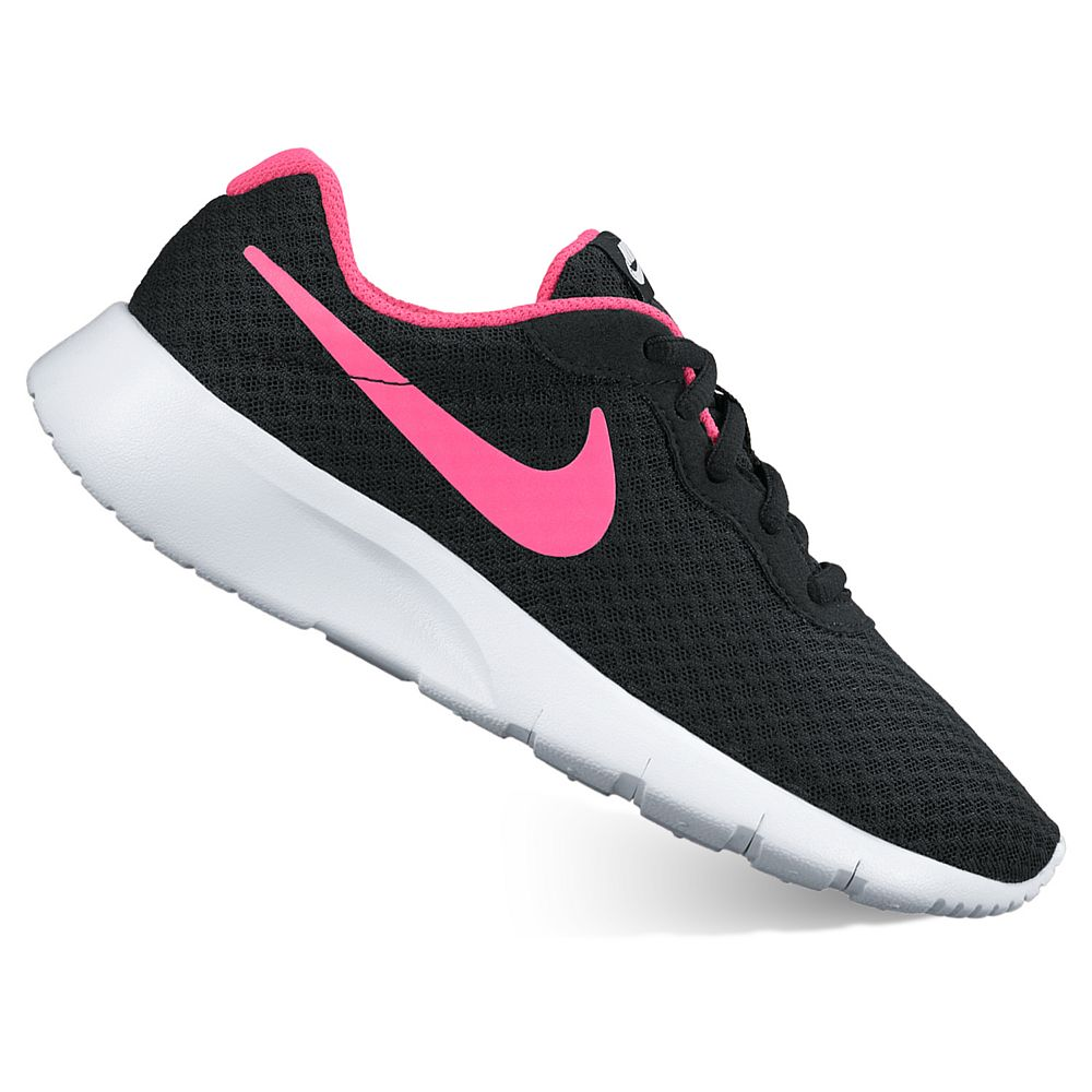 girls nike tanjun