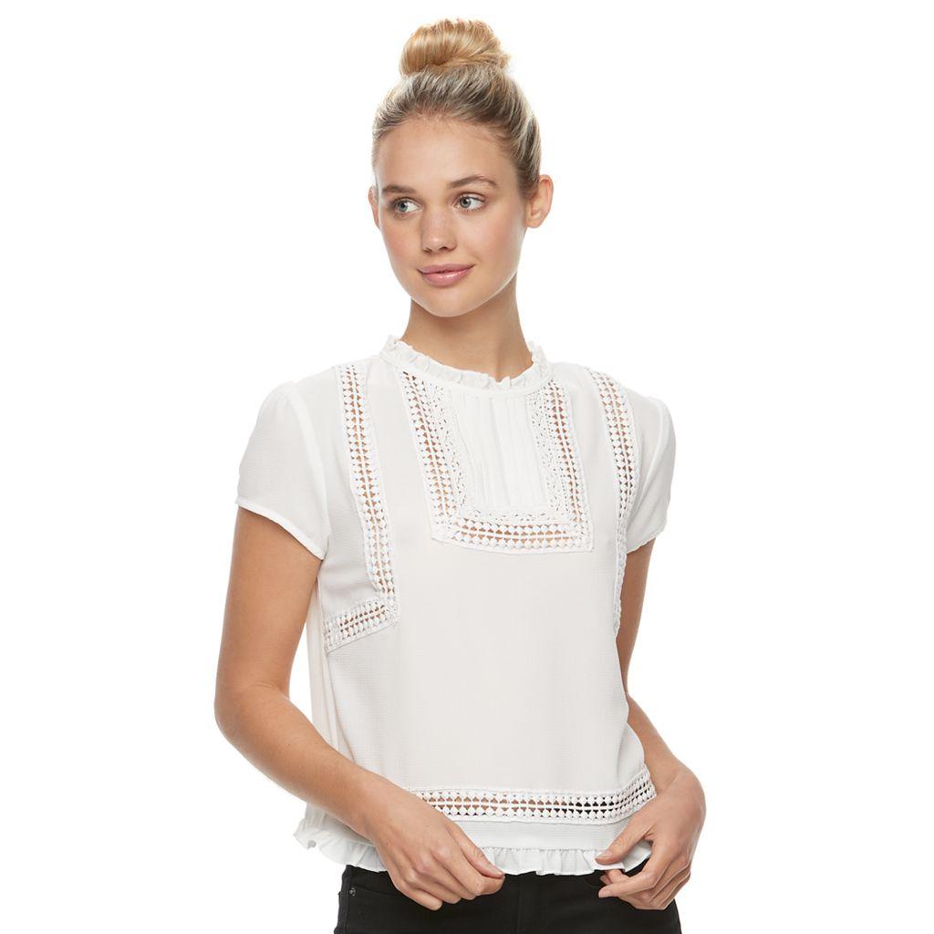 Juniors' Jolie Vie Crocheted Crop Top