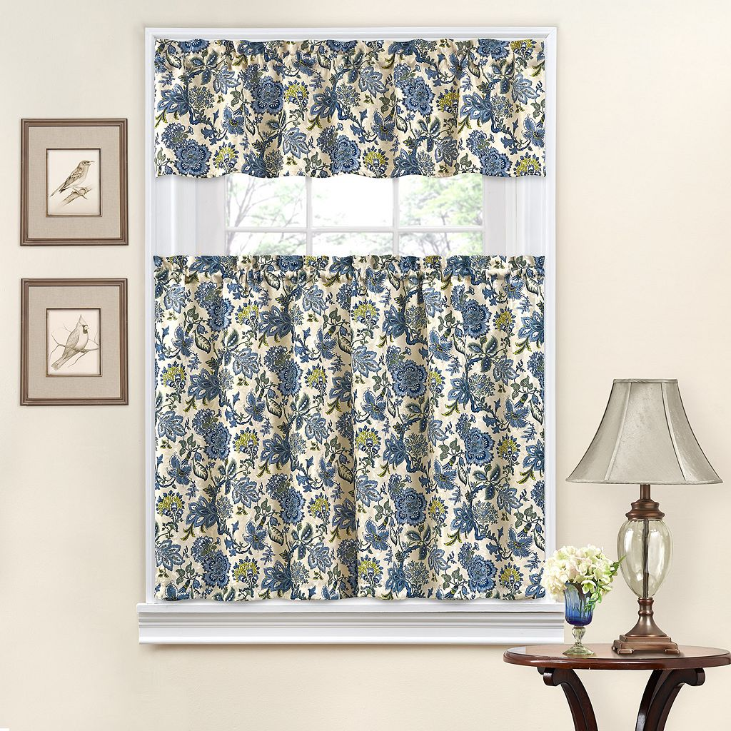 Traditions by Waverly Navarra Tier & Valance Set