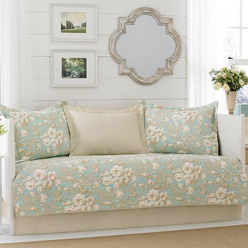 Laura Ashley Lifestyles 5-piece Serene Daybed Set