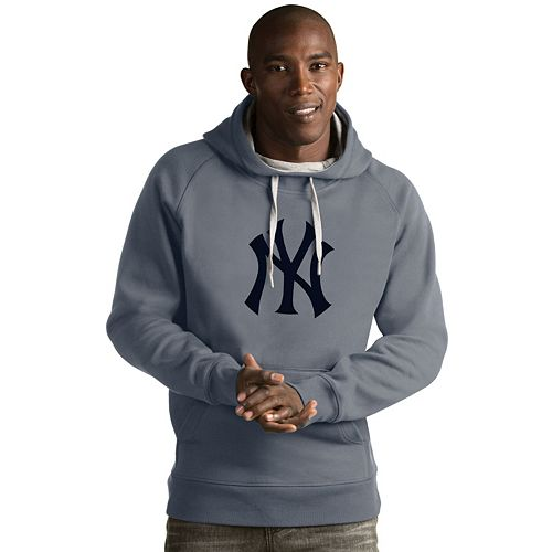 Men's Antigua New York Yankees Victory Logo Hoodie