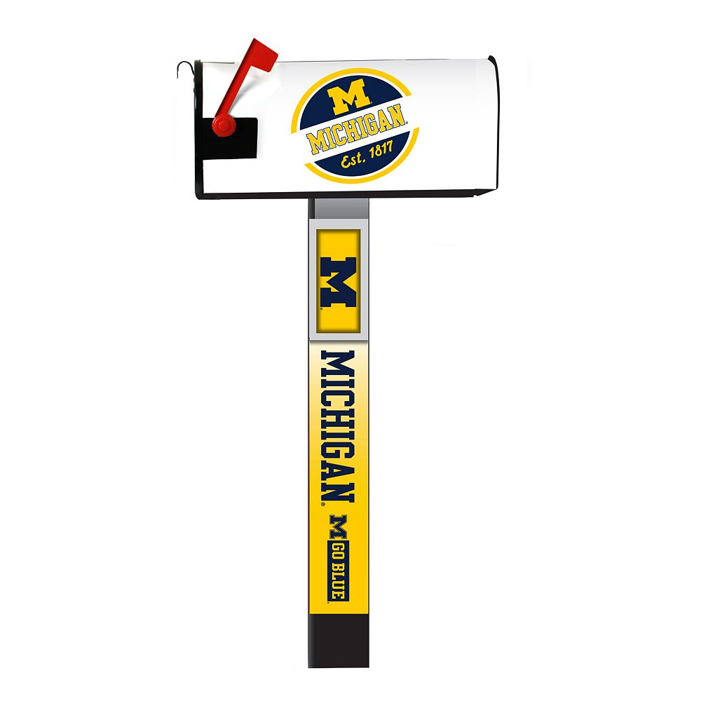 Michigan Wolverines 2-Pack Magnetic Mailbox Post Cover