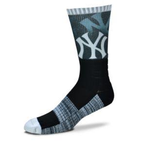 Adult For Bare Feet New York Yankees Blackout Socks