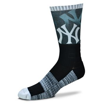 Adult For Bare Feet New York Yankees Blackout Socks