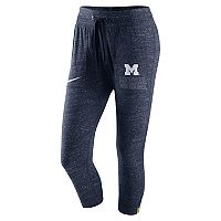 Women's Nike Michigan Wolverines Vintage Capri Pants