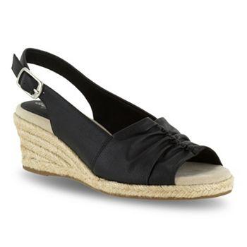 574a40ed3d2 Kindly Espadrille Slingback in 2019 Shoes Espadrilles Wedges