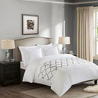 Madison Park 300 Thread Count Brussels Bed Scarf