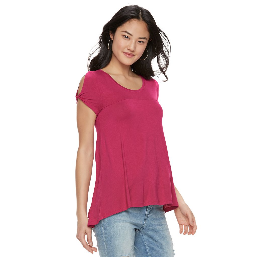 Juniors' SO® Twist Cold Shoulder Tee