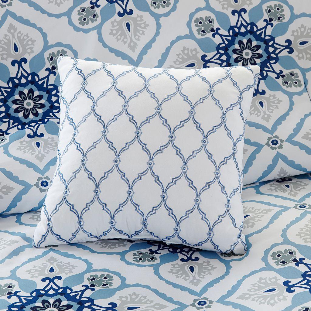 Intelligent Design Nicole Comforter Set